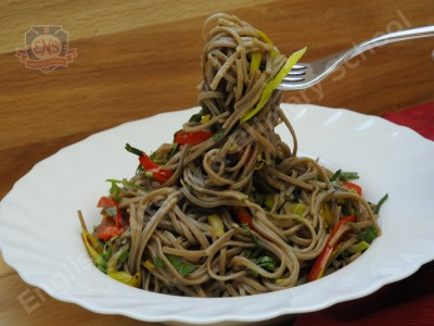 Soba nudles with vegetables