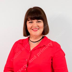 Ms Victoria