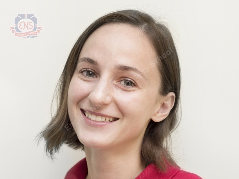 Ms Anastasya
