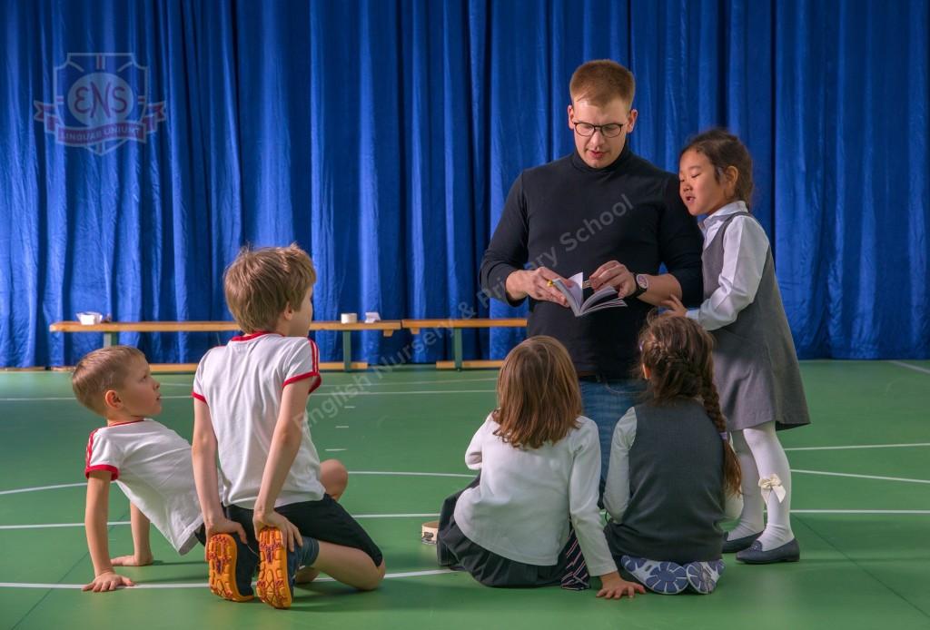 Английский язык для ребенка: с носителем или русскоязычным преподавателем?