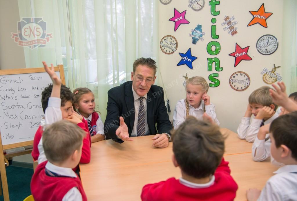 Экзамены в школах России и Англии
